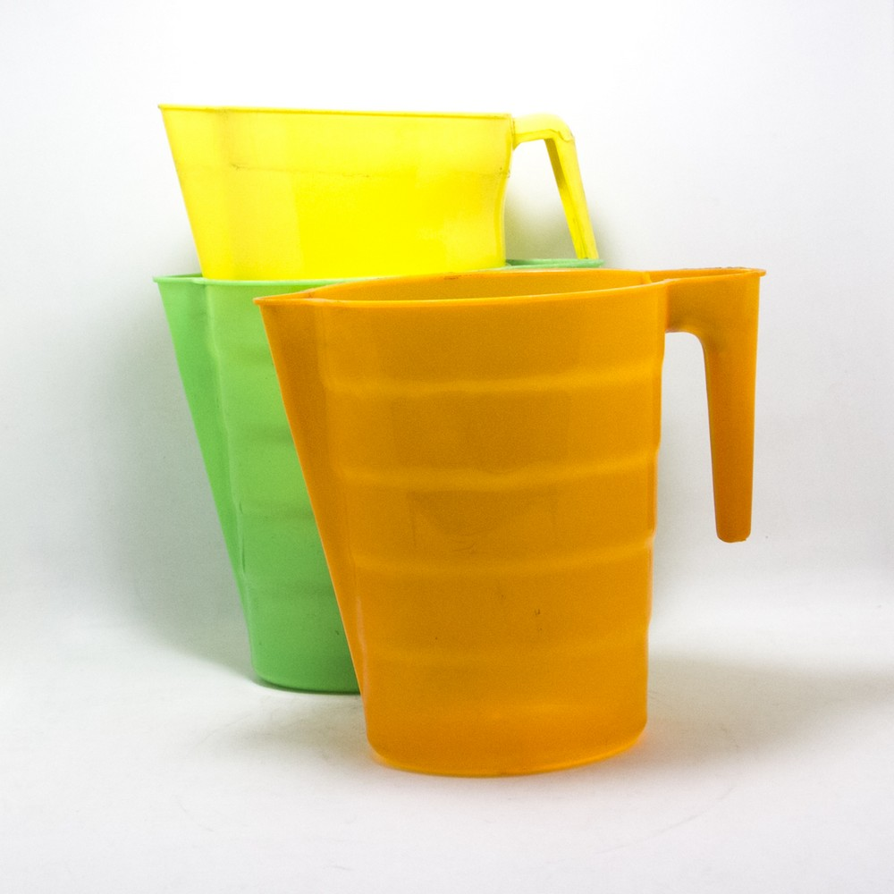 Jarra Lechera de plastico 1LT